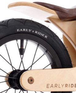 Houten loopfiets Early Rider Light close up frame
